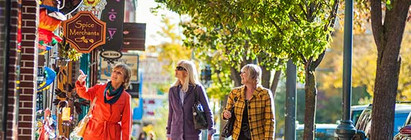 TC-downtown-fall-3women-600x205